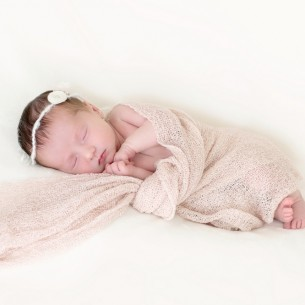 Genie Leigh Wilmington photography studios specializing in infant and newborn photography.
