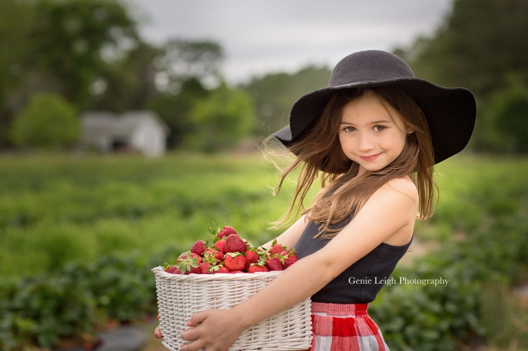 Strawberry Picking, Genie Leigh Photography,